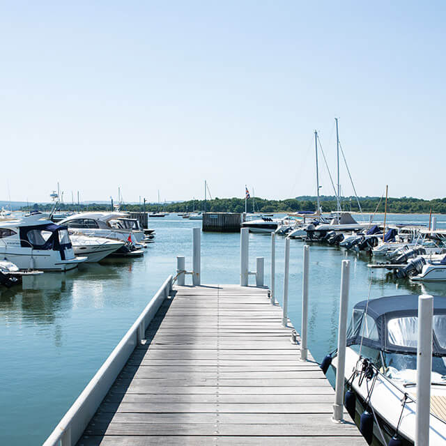 Lake Yard Marina
