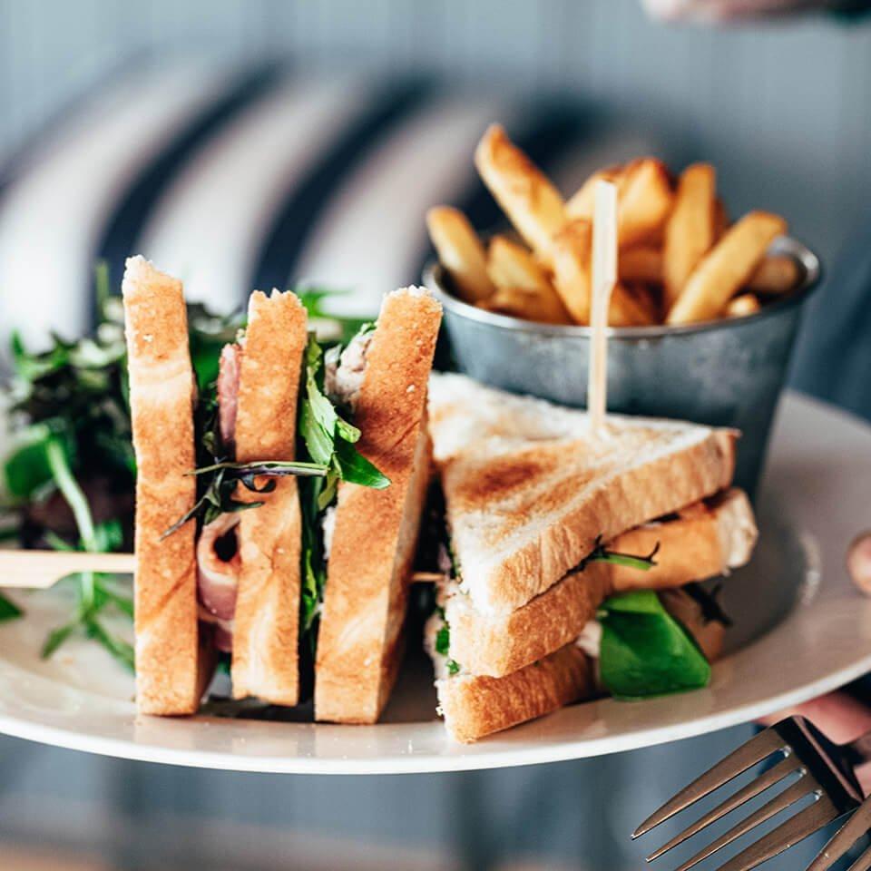 Lake Yard Takeaway & Delivery - Sandwiches